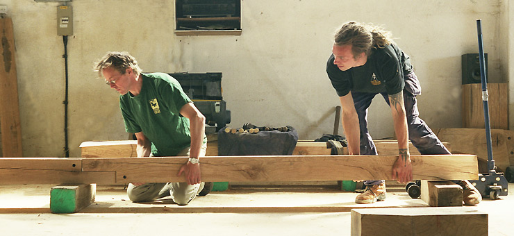 Oak Frame Carpentry Carpenters With Traditional Skills